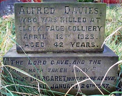 Alfred Davies memorial Sutton Parish Churchyard