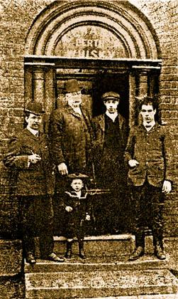 Almond family in the Golden Cross pub in Woodcock Street, 'Pudding Bag', Sutton